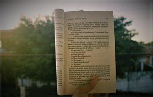 Cara Membaca Dengan Cepat dan Efisien